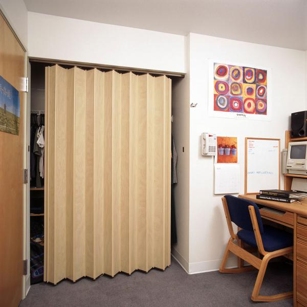 Residential Closet Doors Series 140 Space Management