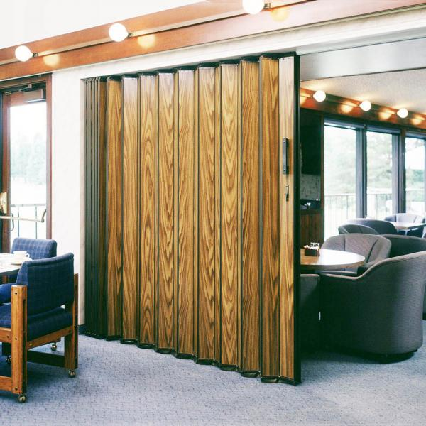 Woodfold S-3300H Accordion Room Dividers